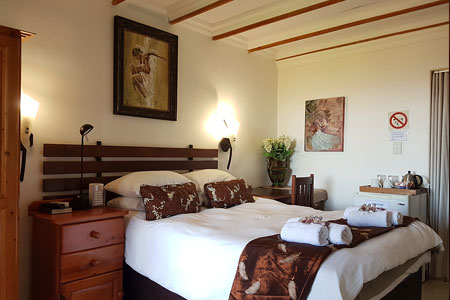 mont-paradiso-guesthouse-accommodation-room-3